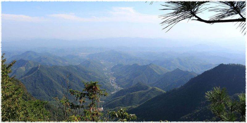 Pics rocheux des Mts Tian Mu