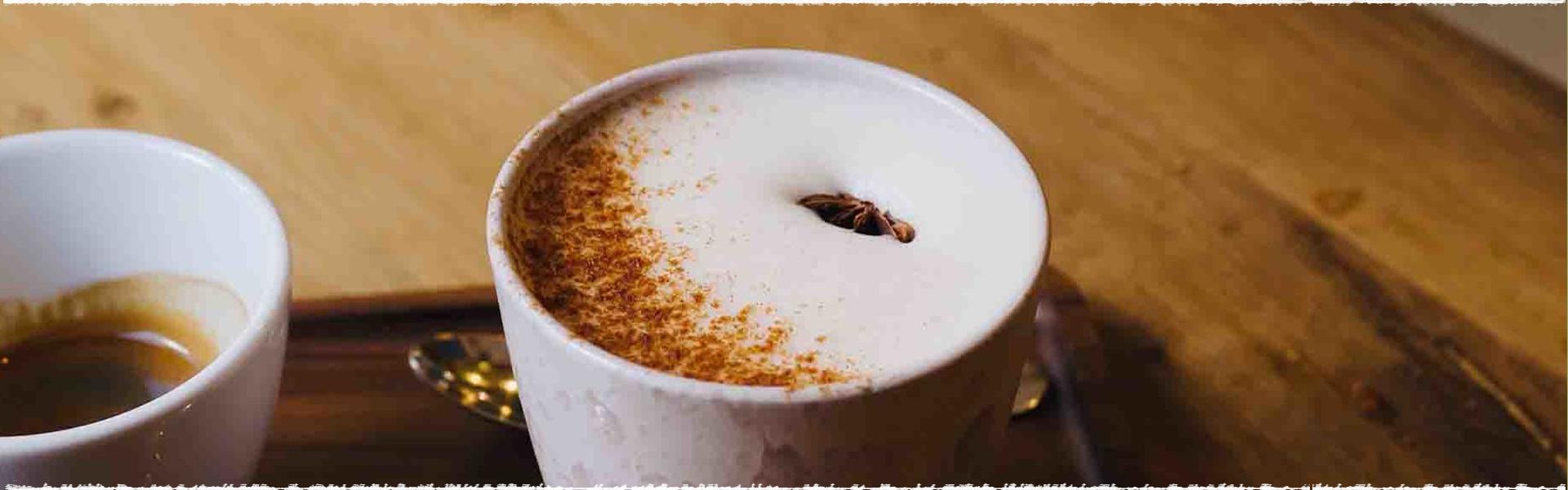 Chai ou thé indien au lait et aux épices