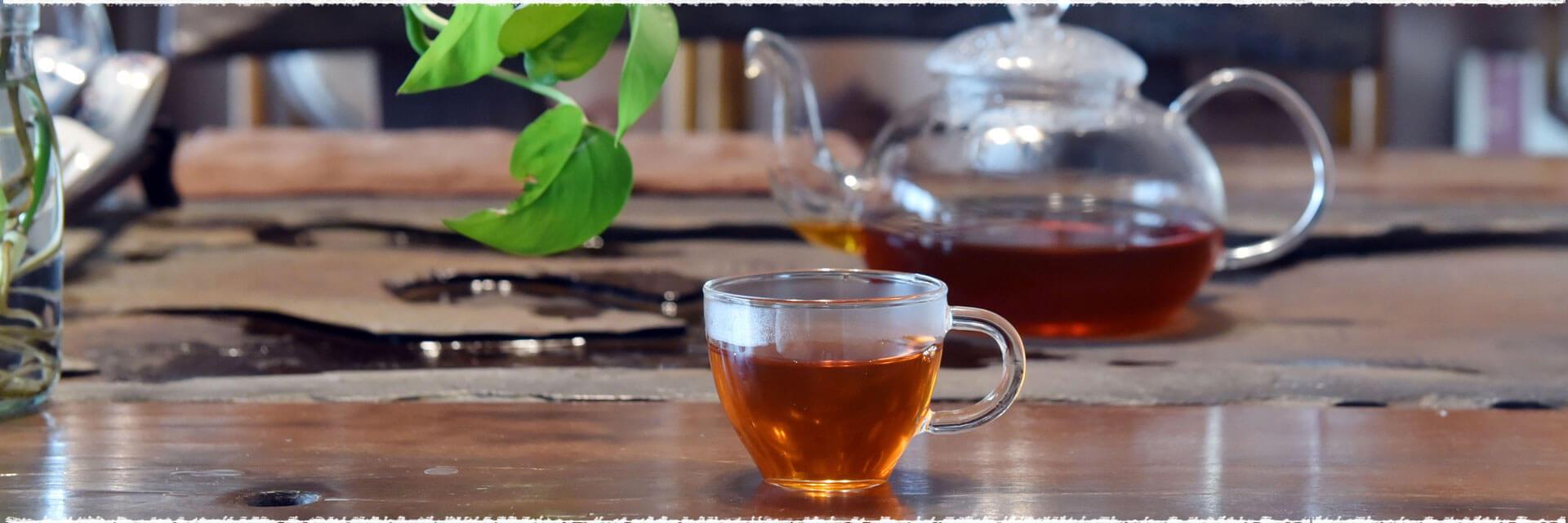 Nouilles chinoises au thé noir fumé